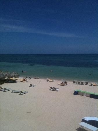 Iberostar Grand Hotel Rose Hall: beach view from balcony