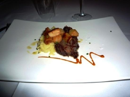 Restaurante Med: 豚の頬肉の煮物