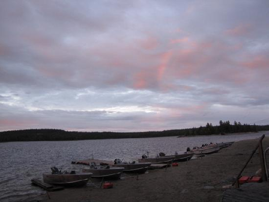 Garden Island Lodge: Early evening scenery from the lodge