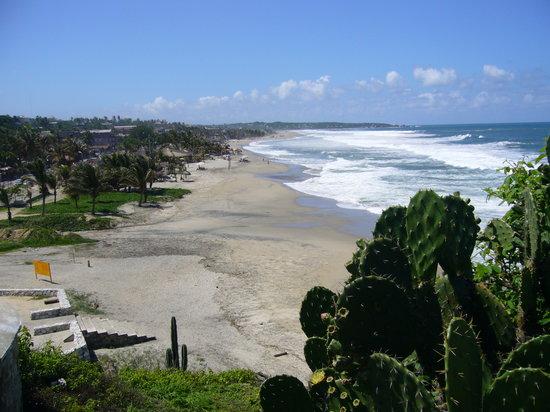 Hotel Paraiso Escondido: Playa de la Zicatela