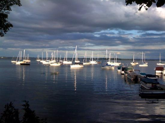 meet isle la motte singles Isle la motte: another side of vermont professional review and guide no single image characterizes all of vermont isle la motte stands a proof of that.