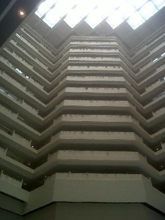 The Oberoi, Mumbai: The atrium of the hotel