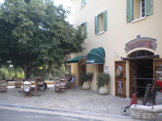 Hotel du vignoble patrimonio france voir les tarifs for Hotels corse