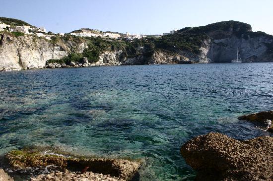 Ponza Island, Italië: Spiaggia della miniera
