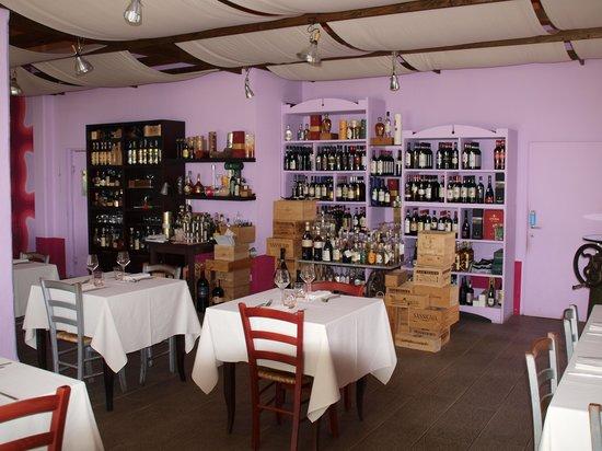La Montagnola: Innenansicht der Osteria