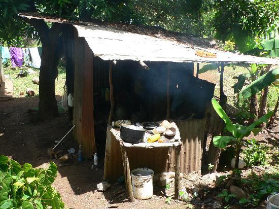 "The Carib Territory : eine ""reale"" behausung"