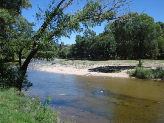 Alpa Corral: Río Barrancas. Cerca del pueblo