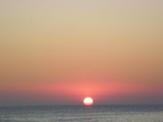 Hostal Marino: Sunset from nearby.