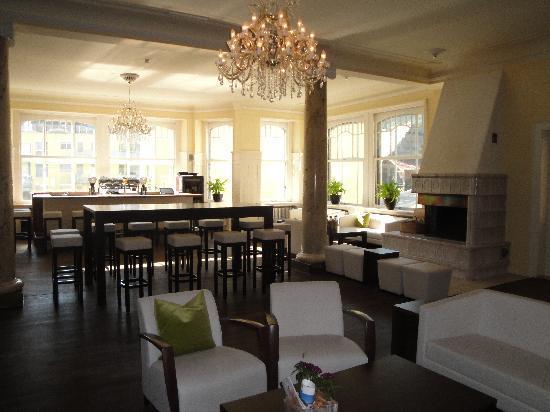 Hotel Bellevue-Terminus: Lobby