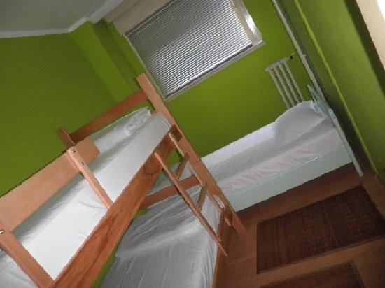 Hostel 12: Three-bed room