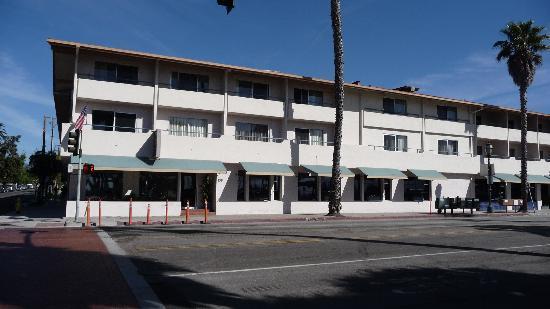 Best Western Beachside Inn: Straßenansicht