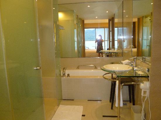 Hotel Del Lago: bath room