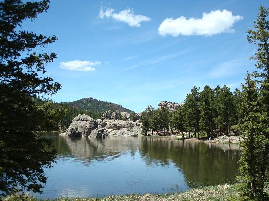 Custer State Park: Sylvan Lake, fun place to hike and picnic