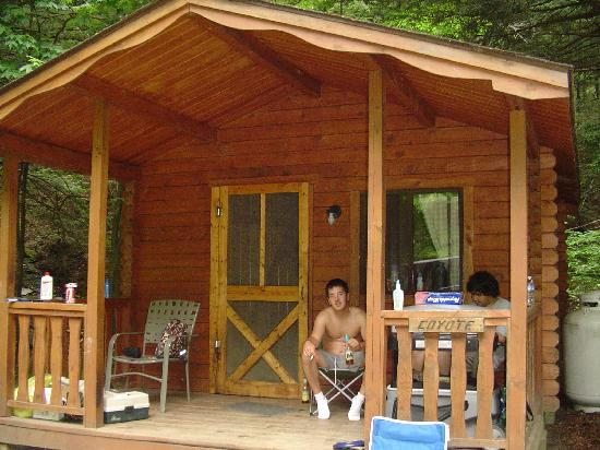 Evergreen Trails Campground : Our cabin