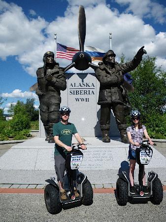 EcoSeg Alaska: Alaska/Siberia WWII monument