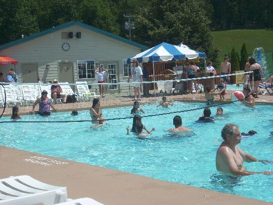 Rocking Horse Ranch Resort: Outdoor pool
