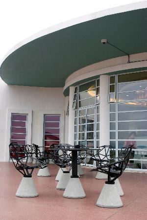 The Midland Hotel Bar