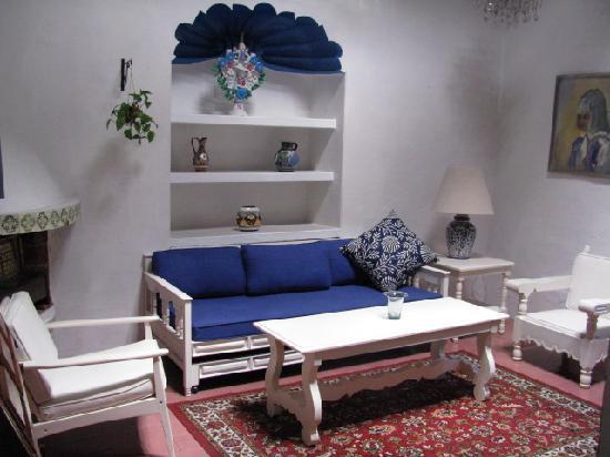 هوتل كازا كارمين: Bedroom with living room