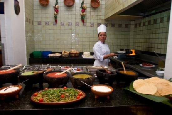 Crowne Plaza Hotel de Mexico: Mexican kitchen at Bistro restaurant