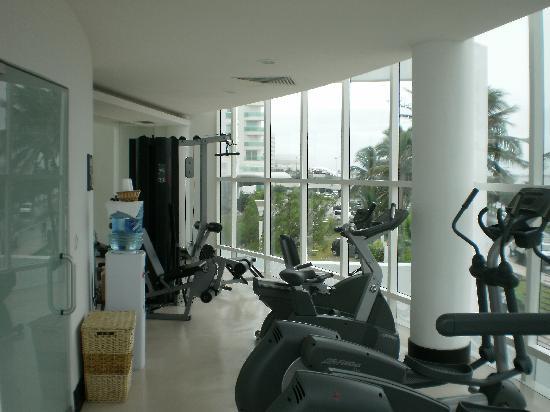 Porto Fino Bay View Grand: fitness center
