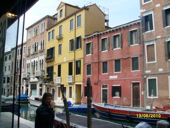 Osteria Dei Pugni: View from bar window