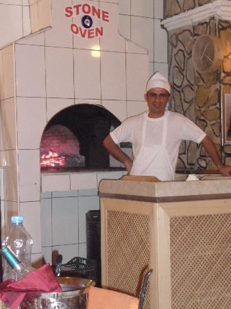 Rose Restaurant: Appo and his stone oven