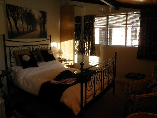 Corston Fields Farm : Lovely room in the 'annex'