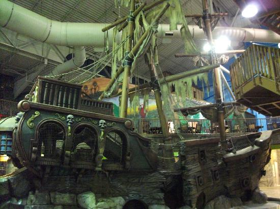 Pirate Ship Indoor Waterpark Picture Of Mt Olympus