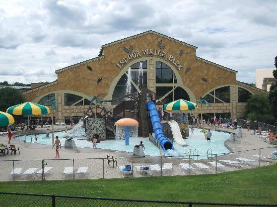 Best Wisconsin Dells Water Park | Noah's Ark Water Park