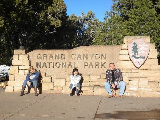 Colorado River & Trail Expeditions: en la entrada al parque