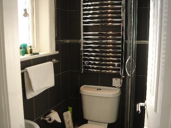 Acorn Lodge Harrogate : Room1 en-suite