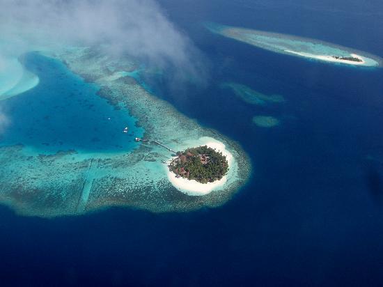 Diamonds Thudufushi: Luftaufnahme von Thudufushi