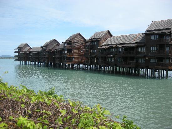 Langkawi Lagoon Resort: Beach Villas Fronting The Andaman Sea