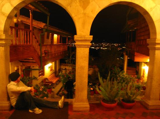 Amaru Colonial: The courtyard and view at night.