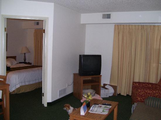 Residence Inn Waco: Nice living area