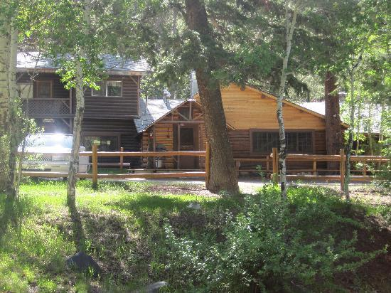 Absaroka Mountain Lodge: Lodge