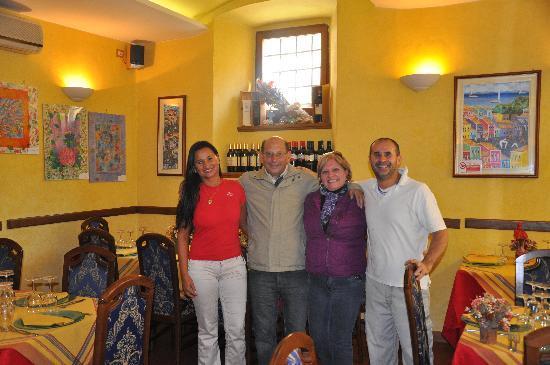 Tempero : Mara, Agassis, Haydée e Alessandro