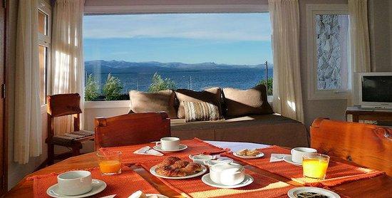 El Nautico Bungalows & Suites: Bungalow 1 cocina - living