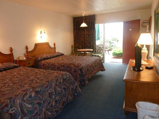 Pavilion Motor Lodge: Comfortable, spacious and clean