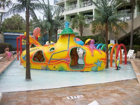 Coral Beach Resort & Suites: Kids waterpark