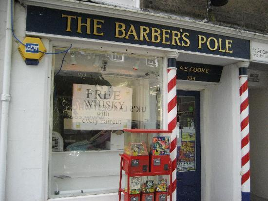 Braeside House: Local Barber St Andrews