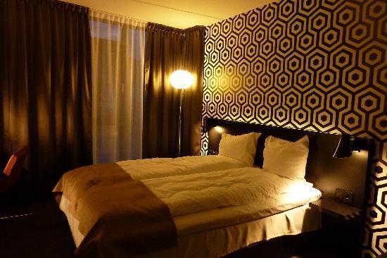 Drammen, Norwegen: room