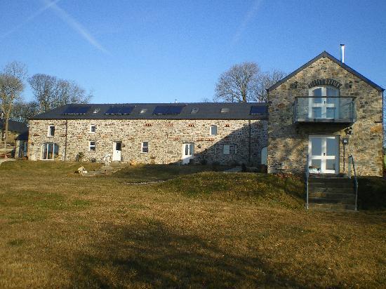 Asheston Eco Barns: The barns