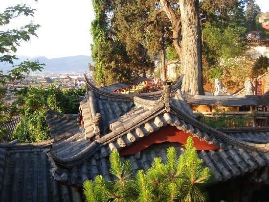 Zen Garden Hotel (Lion Mountain Yard): Lever de solleil à Lijiang