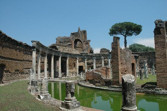 Tivoli, Italia: Teatro Maritimo Hadrians Villa