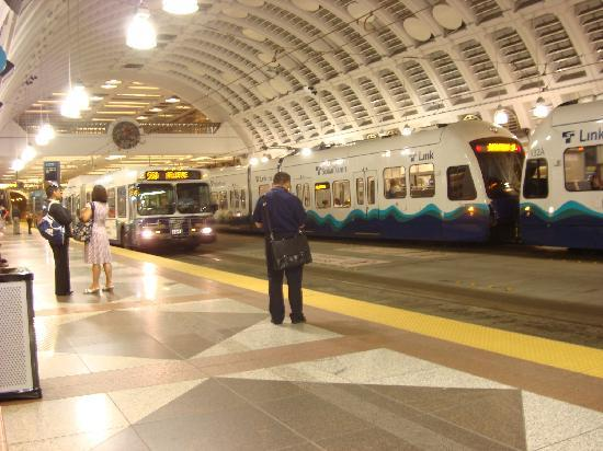 Hilton Seattle Airport & Conference Center: Downtown transit station-- tunnel for both light rail and busses.
