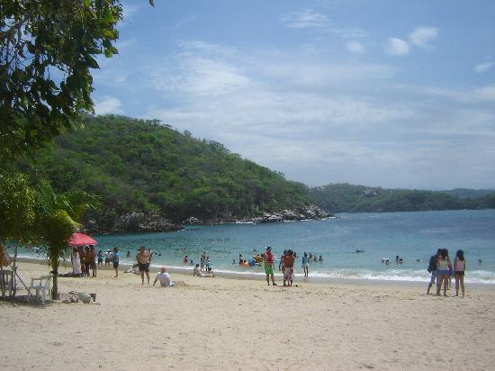 BEST WESTERN Posada Chahue: Playa La Entrega, snorkeling beach