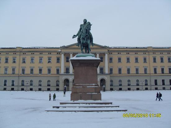 Oslo, Norwegia: The Royal Palace