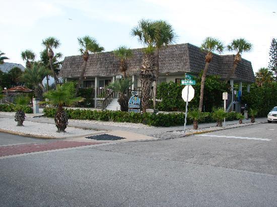 The Sabal Palms Inn