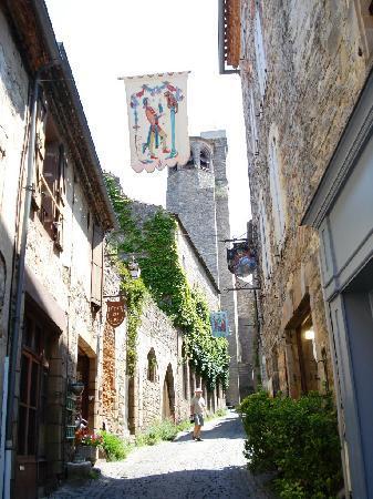 Cordes-sur-Ciel, ฝรั่งเศส: rue smichel
